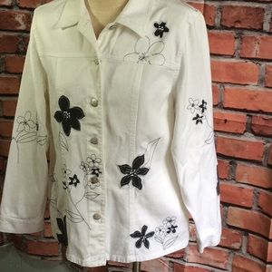 Susan Bristol | White Jacket Black Flowers Size L